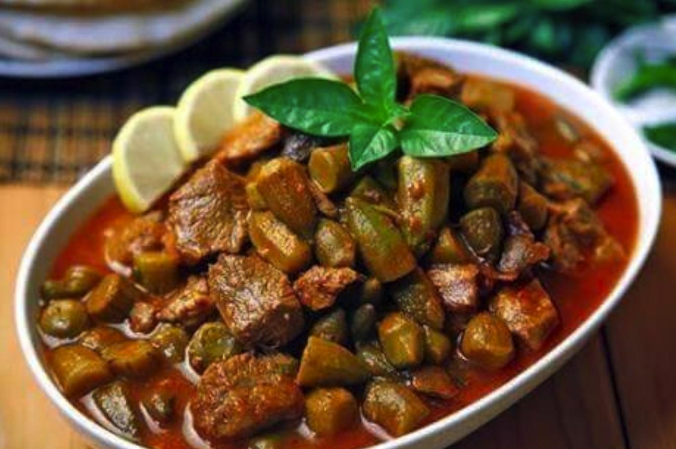 Ramia's Lebanese Bamia (Okra)